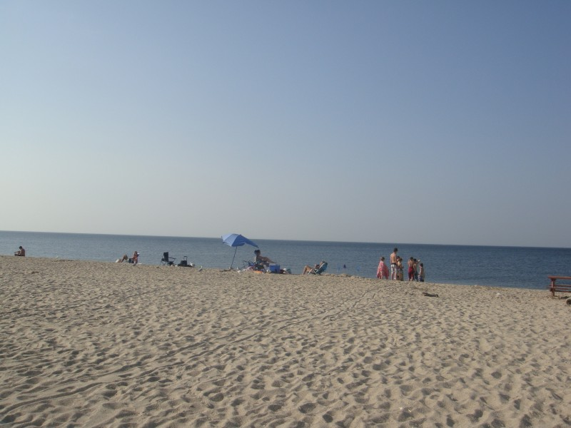photos life 39 s a beach in smithtown smithtown ny patch. Black Bedroom Furniture Sets. Home Design Ideas