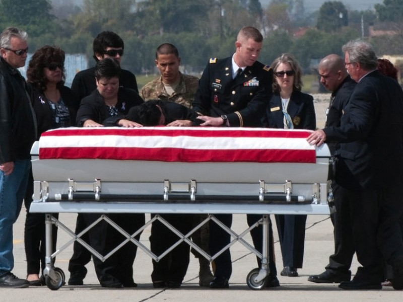 Hero Mission A Soldier S Body Is Returned To His Mother