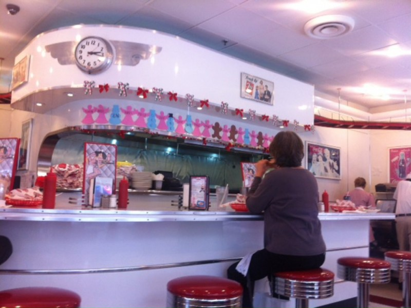 Rubys Diner To Close Seal Beach Pier Restaurant Los Alamitos Ca
