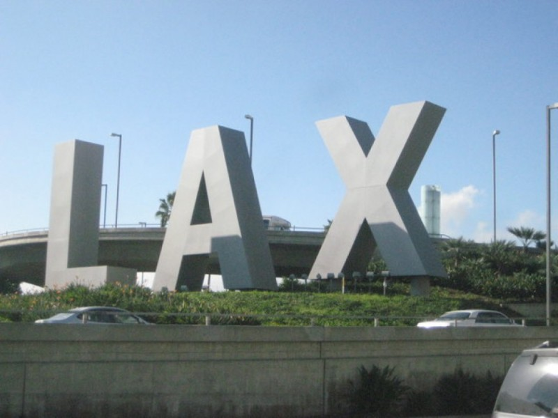 All flights from LAX to Boston Cancelled Due to New England Blizzard
