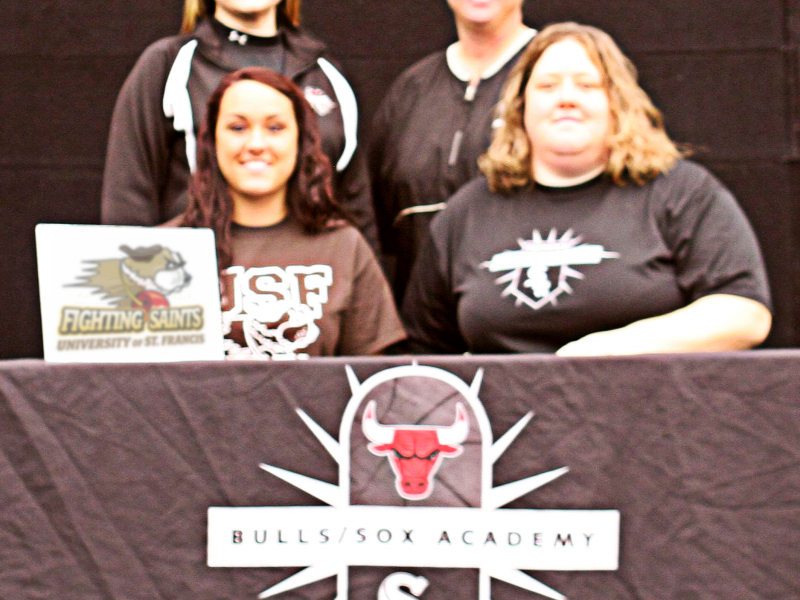 Plainfield South Softball Star Medo Signs To Play At Usf