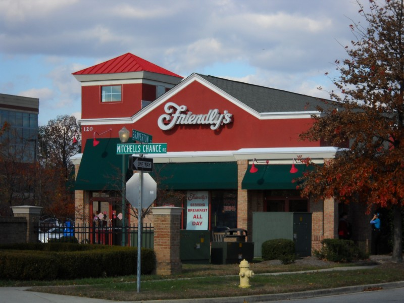 Friendly 39 s closes 63 stores keeps maryland restaurants for Mitchell s fish market edgewater