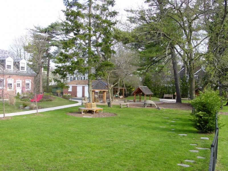 Garden City Community Church Nursery School Taking One \