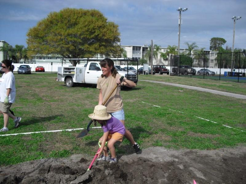 West Des Moines Community Garden Spots Quickly Claimed | West Des ...