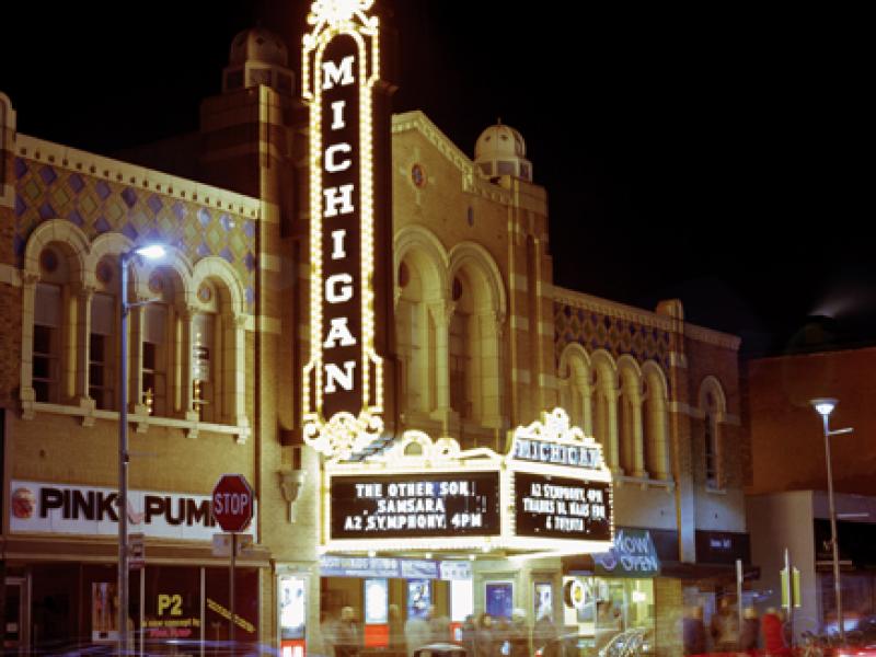 Tour de Théâtre Detroit Photo Exhibit at Royal Oak's Main
