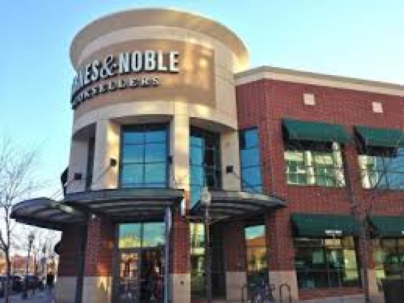 Barnes And Noble Paramus