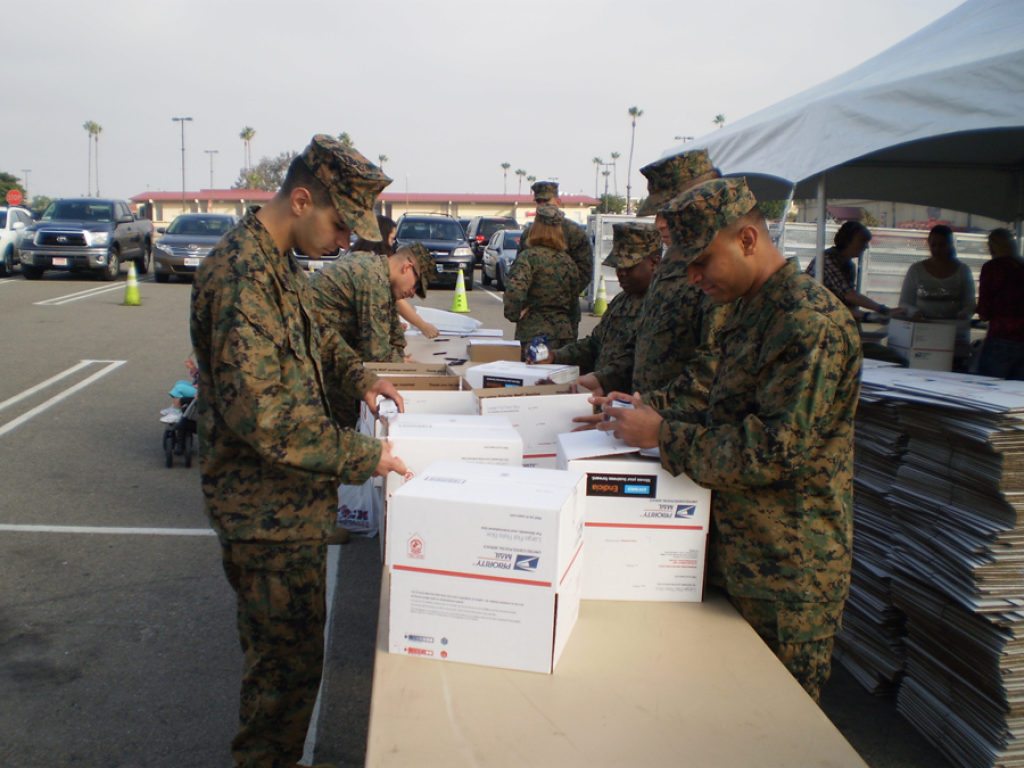 Deadlines Near to Ship Holiday Gifts to Deployed Troops