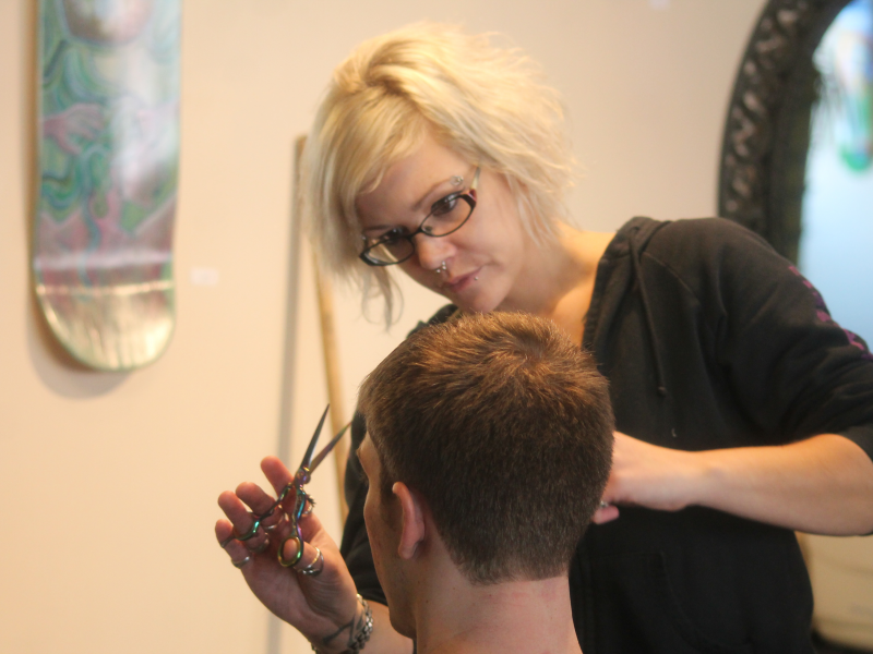Suddenly Samantha Offers Free Christmas Day Haircuts Easton Pa Patch