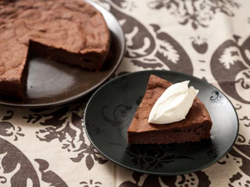Valentine's Day Recipe: Flourless Chocolate Cake ...