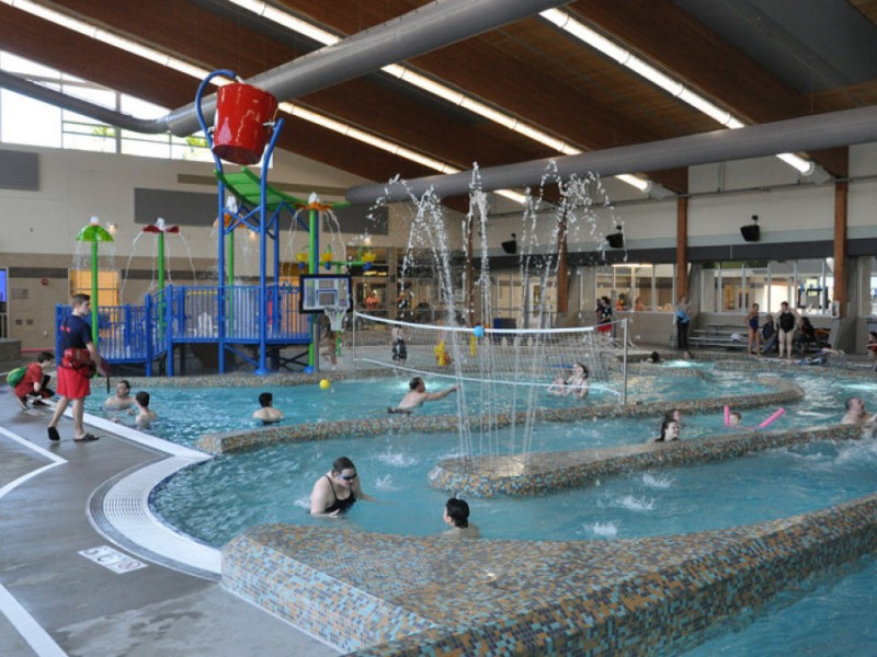 Waterslides In Winter The Indoor Lynnwood Pool Woodinville Wa Patch