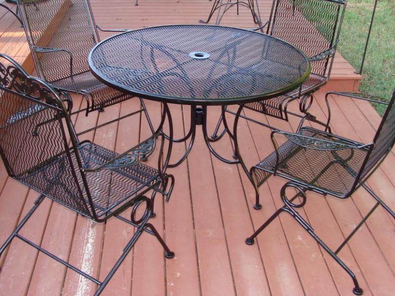 Patio Furniture Stolen Off Front Porches In Wyandotte