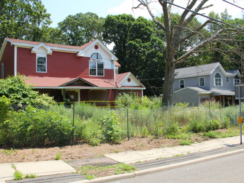 Smithtown's Targeted Abandoned Homes PHOTOS | Smithtown ...