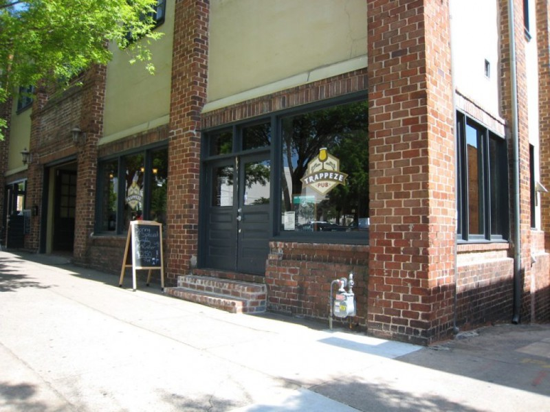 Great escapes trappeze pub highwire lounge athens ga for Car craft athens ga