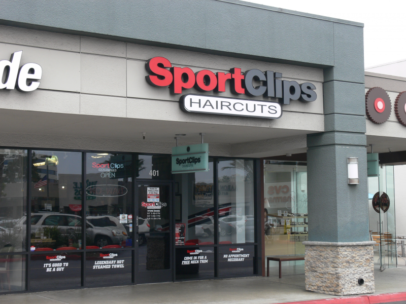 Free Neck Trims At Sport Clips Haircuts La Jolla Ca Patch
