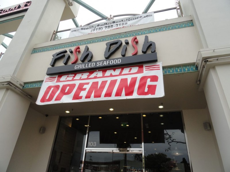 Stories this week restaurants old and new sherman oaks for Anajak thai cuisine