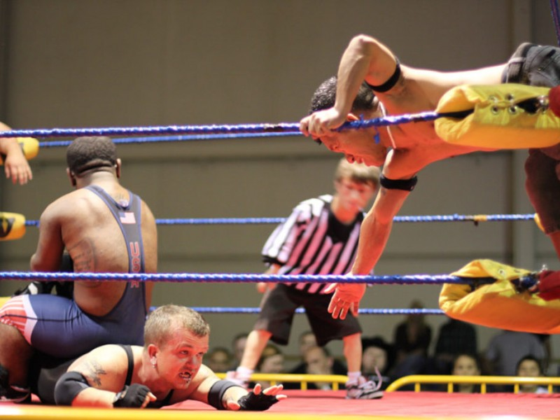Midget wrestling tryouts agree