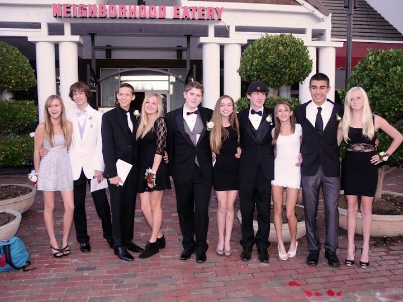 Anonymous Couple Pays For Los Gatos Teens Dinner At Viva Restaurant